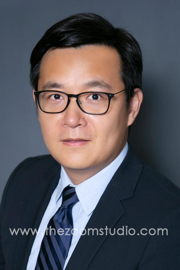 Engineer-Scientist-Financial-Advisor-Linkedin-Profile-Photo